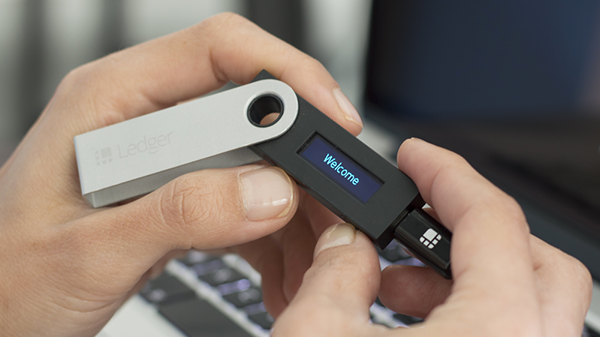 bat ledger nano s